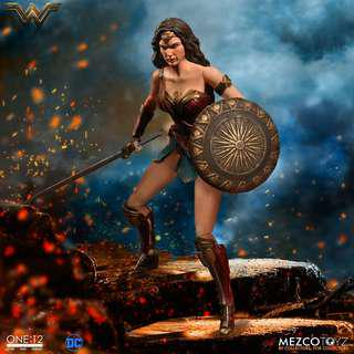 Mezco Wonder Woman