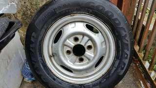 Tayar spare;kipas radiator,spare tong&stoper tayar
