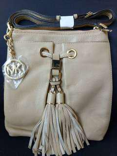 Bnew Michael Kors (without tag)