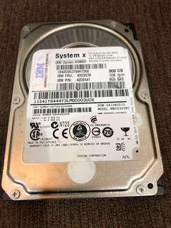 🚚 IBM 300G 硬碟 SAS/6Gbs 2.5吋
