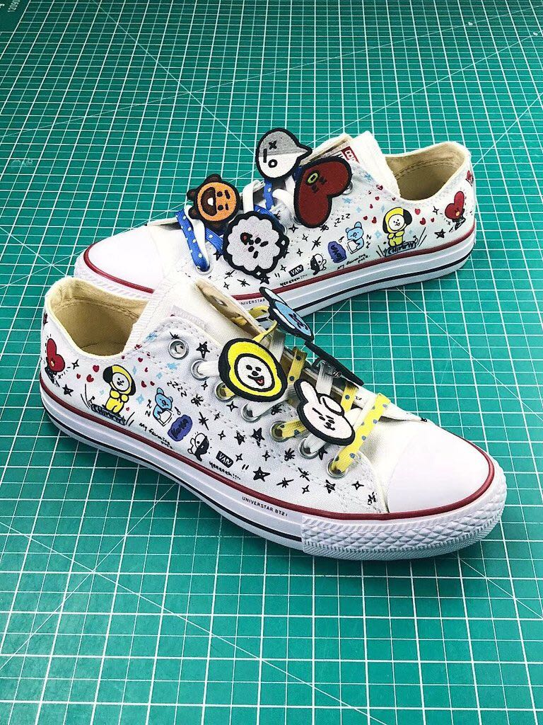 2ca82db018e7df BT21 x Converse Chuck Taylor All Star - White Low