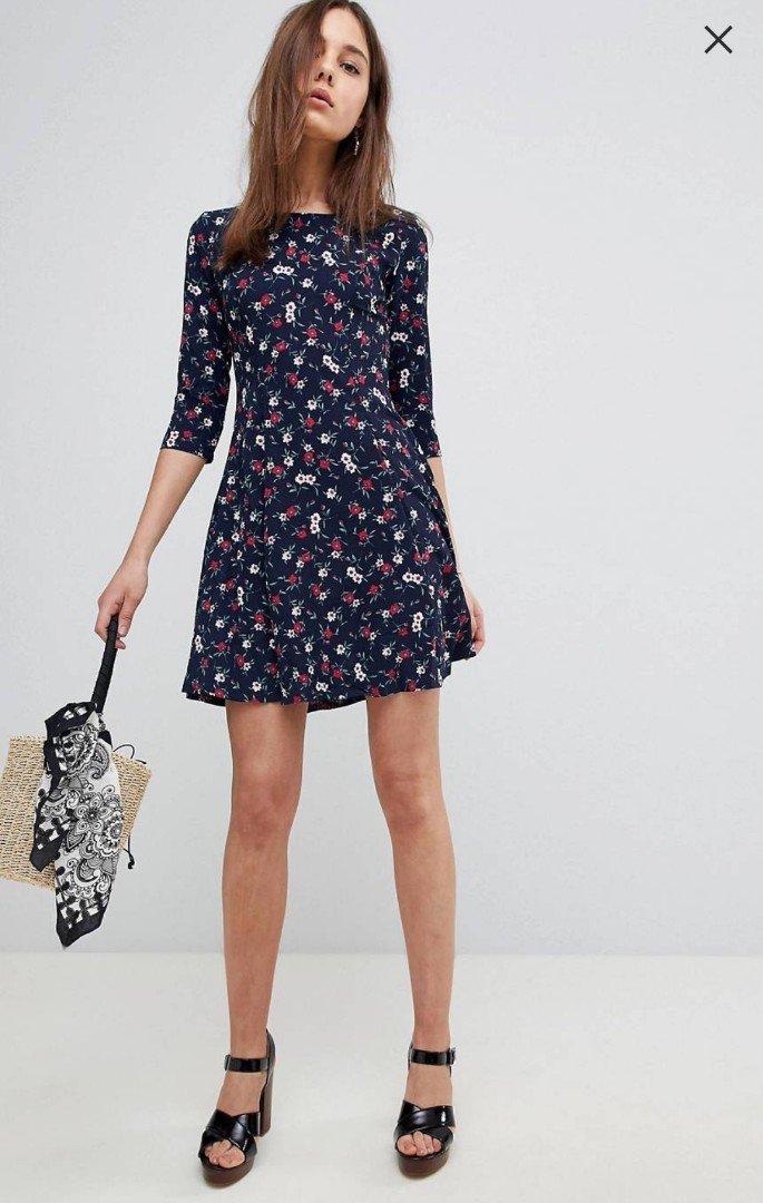 42e6fa19903 QED LONDON (ASOS) Brand New Plus Size Floral Skater Dress