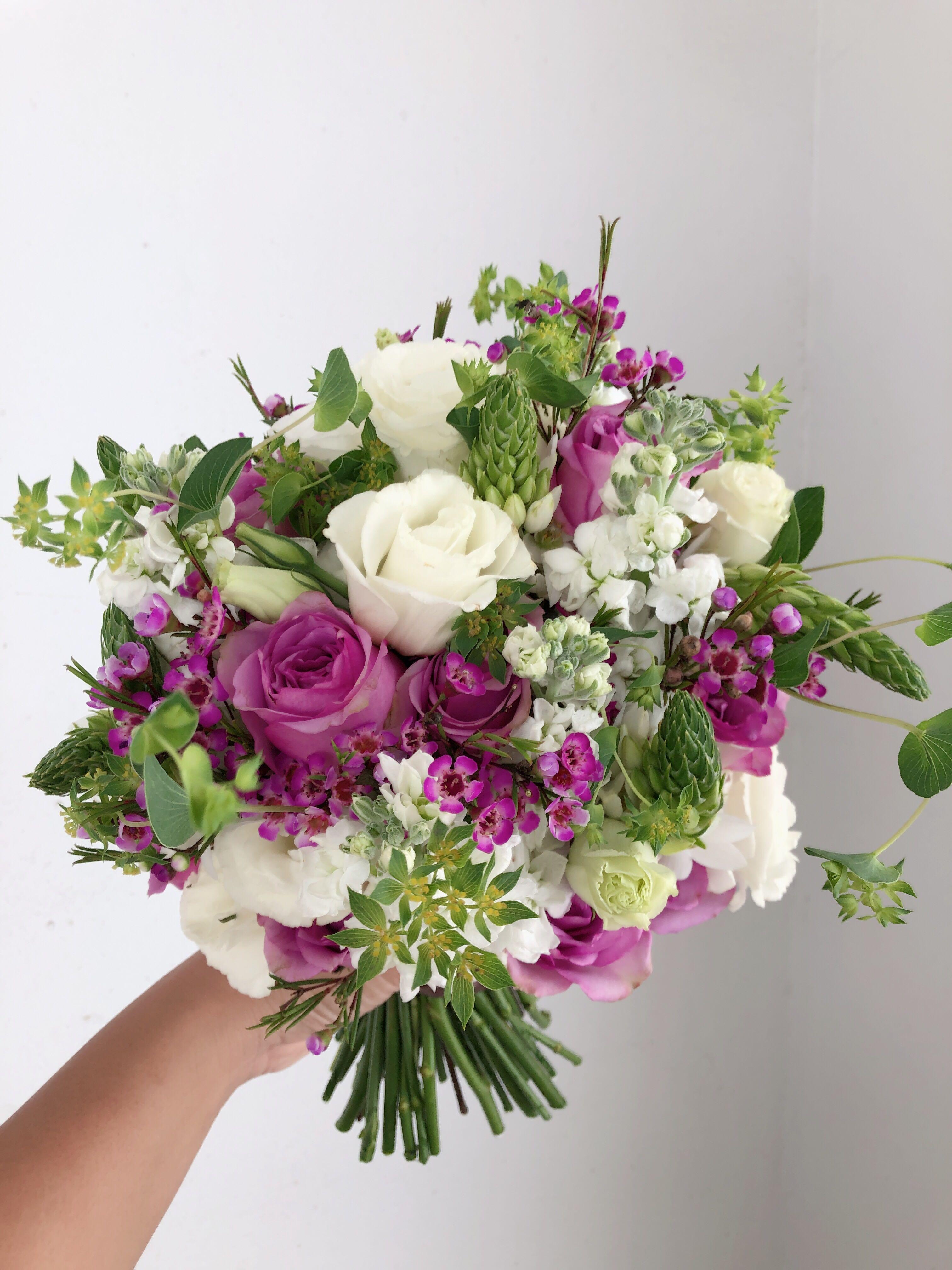Fresh flower bridal bouquet gardening flowers bouquets on carousell izmirmasajfo
