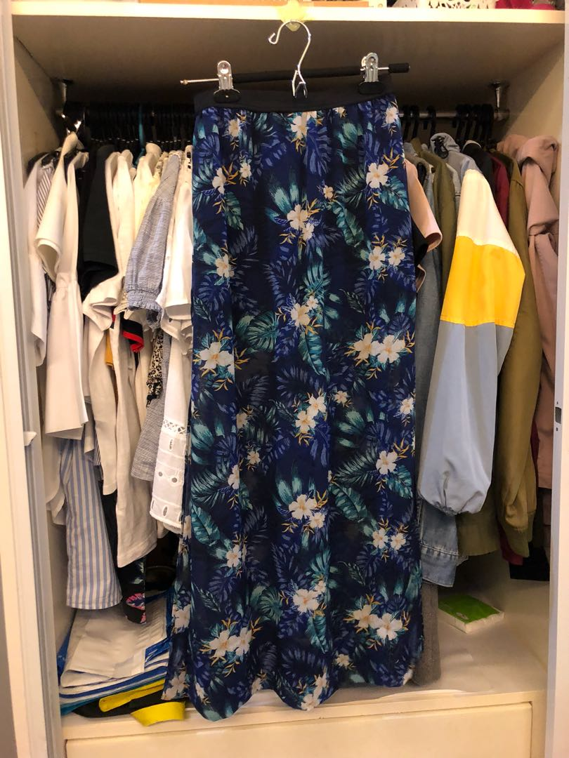 d0de075ffb H&M Floral Long Skirt, Women's Fashion, Clothes, Dresses & Skirts on ...