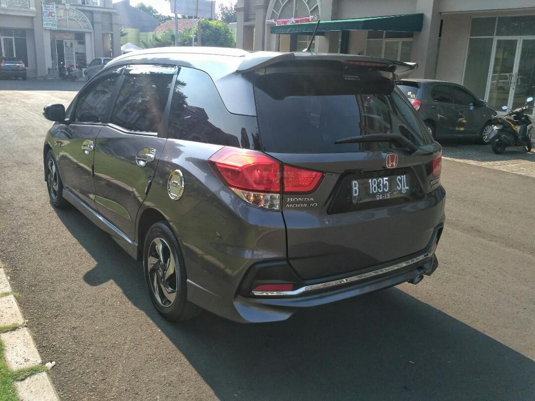 Honda Mobilio RS Cvt 2014AT Polished Metal Grey Tdp 17.5 Siap Di Gas
