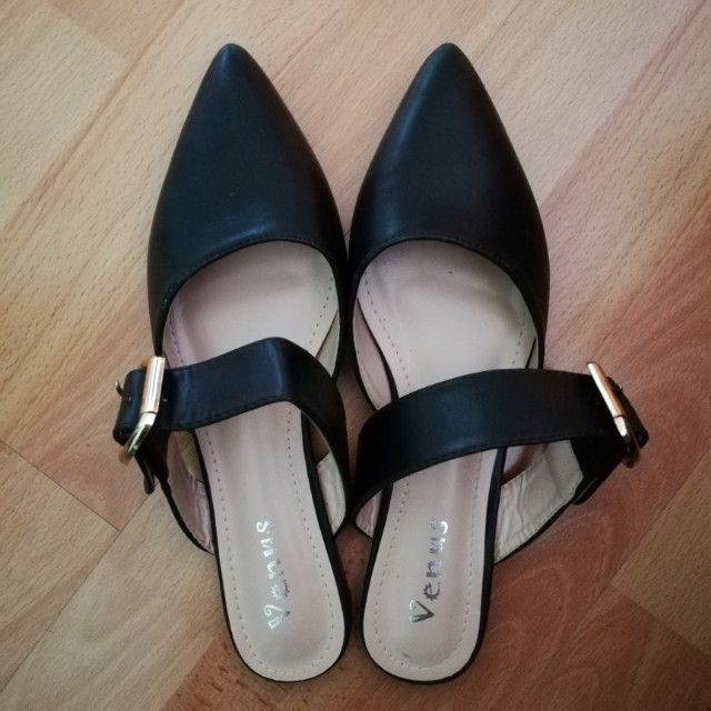 053bd525b3630 Pointed Flats with Buckles