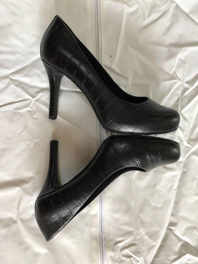 Rockport Black Leather High Heel Shoes