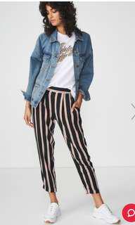📌Stripe drapey pants