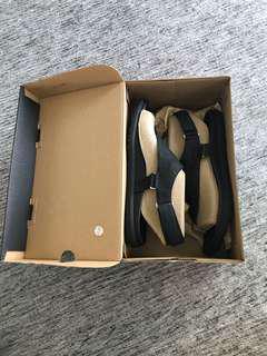 Merrell Around Town Sunvue Post Sandals