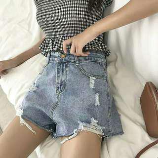 Ripped Jeans Highwaist Highwaisted high waist hotpants jeans celana pendek jeans sobek sobek