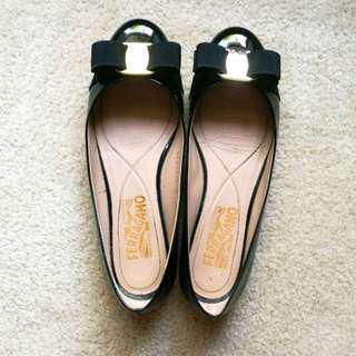 Salvatore Ferragamo Varina Ballerina Bow Flats US5.5