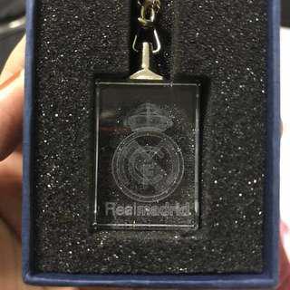 🚚 Real Madrid C.F. Glass Keychain