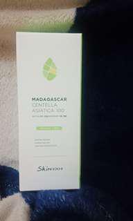 MASIH DI SEGEL SKIN1004 MADAGASCAR CENTELLA ASIATICA 100