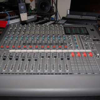 Deejay SONY MXP-390 Mixer Fader Audio Mix Console Handover @ 442 Yishun Avenue 11 Singapore 760442