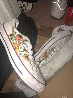 Customed Converse