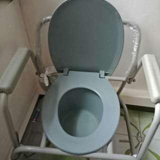 Commode chair portable toilet bowl