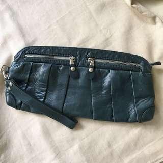 Initial 真皮藍綠色 復古 clutch bag 手提包
