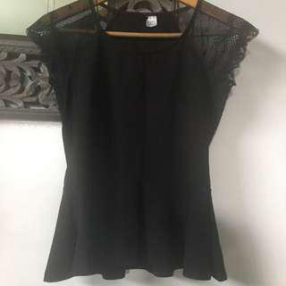 H&M divided laced peplum top