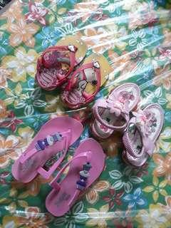 Babies and kids slippers ( auth havianas)