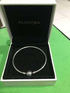 Authentic Pandora bangle (mall price 4,500)