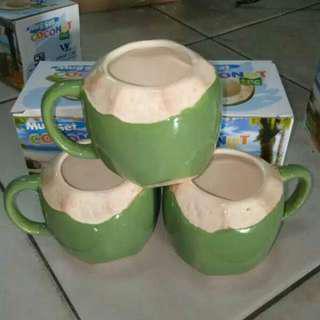 Gelas mug kelapa