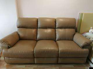 Pre-loved 3-seater Leather Recliner Sofa