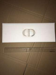 christian dior box  盒