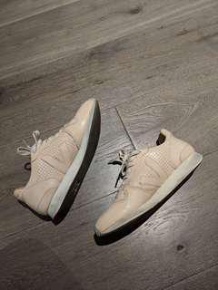 Veja bastille sneakers 37 eu / 6 us