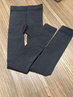 🚚 出清特價-深灰厚版內搭褲