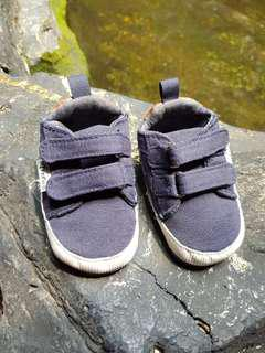 Zippy shoes for baby boy size 16/17 (3-6bln)
