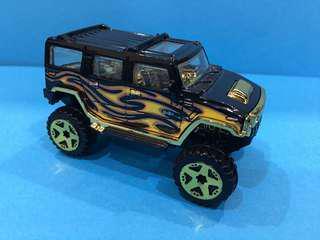 HotWheels 1:64 Black & Gold Hummer
