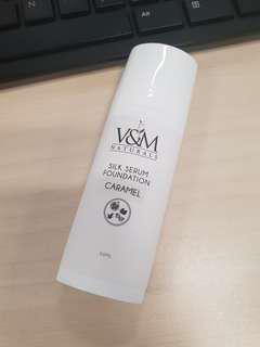 V&M Naturals Silk Serum Foundation in Caramel