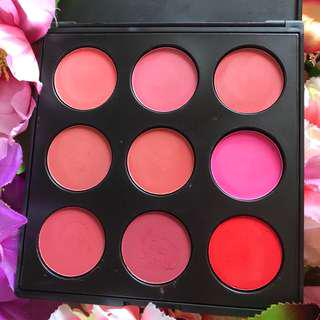 Morphe Blush On Palette - bekas swatch 1x