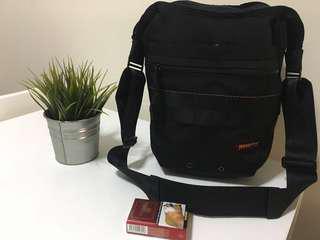 Briefing 🇺🇸 outdoor sling bag