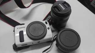 Canon M1 EF-M18-55mm3.5-5.6 IS鏡頭 EF-EOS M接環