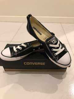 CONVERSE BALLET FLAT SHOES *BRAND NEW IN BOX*
