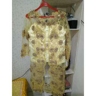 Kebaya gold