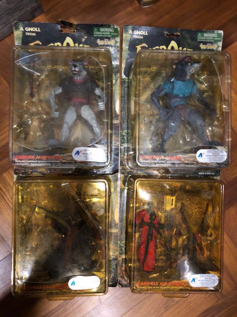 2000) Rare Vintage Everquest figurines x 5, Toys & Games