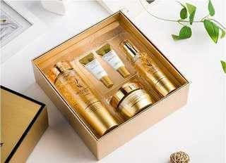AHC Brilliant Gold Set