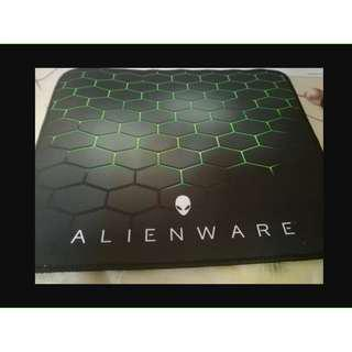 ALIENWARE Extra Large Gaming mouse pad