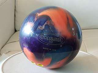 Bowling Ball Columbia 300 9lbs.