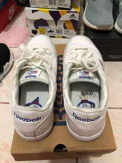 Reebok Club C Junior size 6us