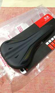 W.T.B. SL8 carbon saddle rails 146g only.
