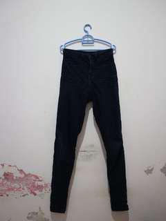 Celana jeans panjang H&M