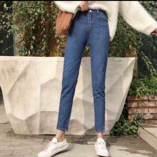 🚚 韓版高腰小開衩牛仔直筒褲