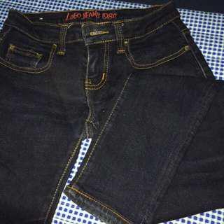 Logo jeans size M