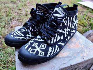 aztec sneakers (free postage!)