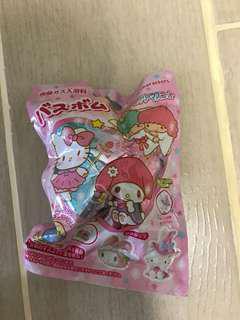 售:Sanrio 沐浴球 連 小玩具