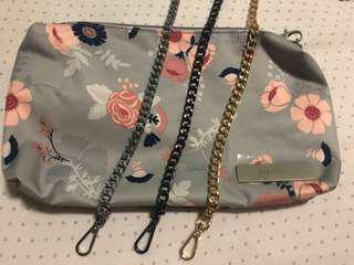 Brand new chain sling, great for Jujube bags