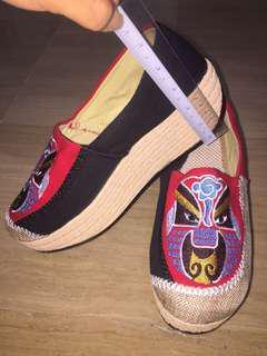 🚚 Embraidery Women Shoe